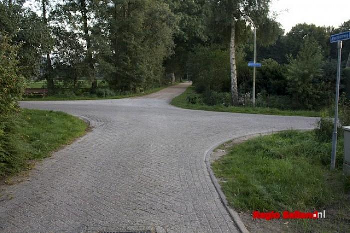 Gedeelte Woolthuisweg in Heino afgesloten voor verkeer - Foto: Pim Haarsma