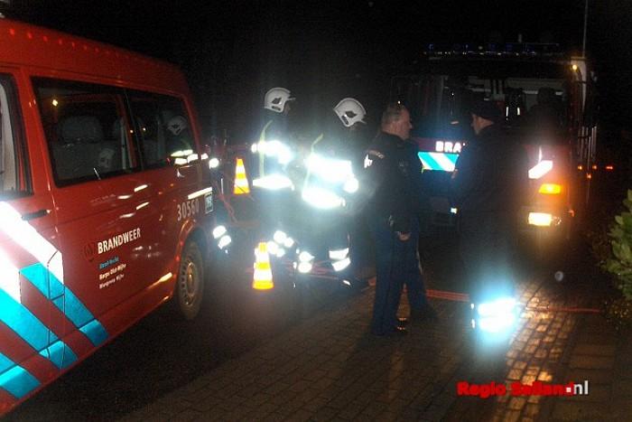 Schoorsteenbrand bij woning in Elshof - Foto: Robin Duteweerd