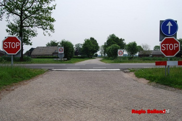 Nieuwe poll: Oversteken N348 moeten dicht! - Foto: Robin Duteweerd