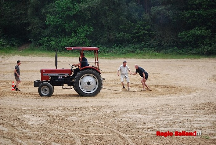 Warmte verzwaart Gouden Laars-wedstrijd van brandweer - Foto: Robin Duteweerd