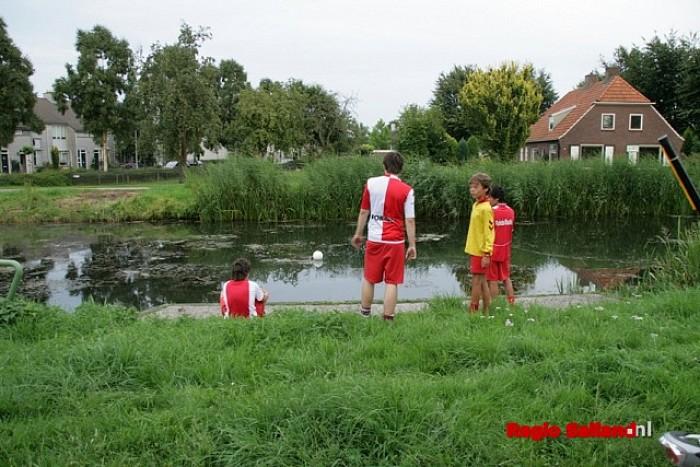Groot alarm bleek loos alarm aan de Kwartel te Raalte - Foto: Raalte in Beeld