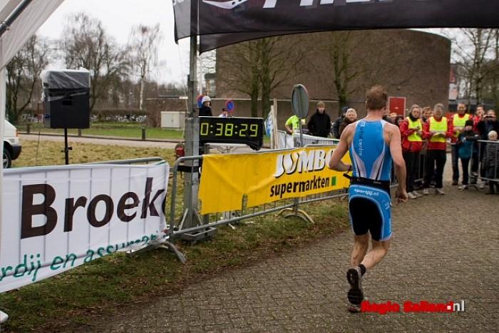 Groot aantal deelnemers Joop van den Enkloop - Foto: Andy Hutten