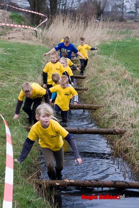 Veel belangstelling voor survivalrun Wesepe - Foto: Andy Hutten