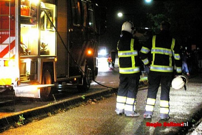 Brandweer Olst rukt uit voor brand in touringcar - Foto: Jasper Hutten