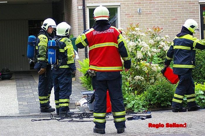 Schoorsteenbrand aan de Melisse in Raalte - Foto: Jasper Hutten