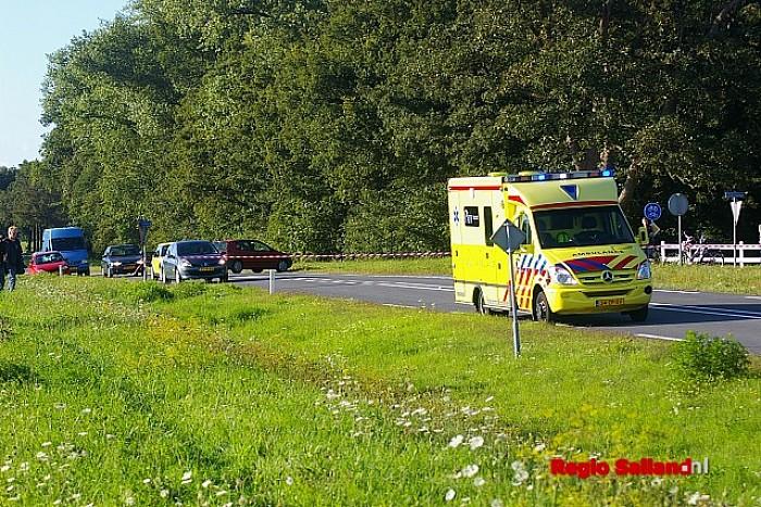Gewond bij ongeval op de N337 bij Diepenveen - Foto: Jasper Hutten