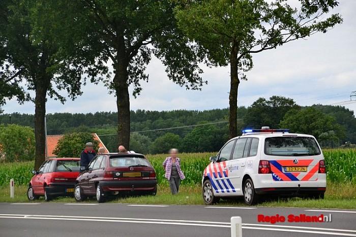 Blikschade na kop-staart aanrijding op Raalterweg bij Wijhe - Foto: Jasper Hutten