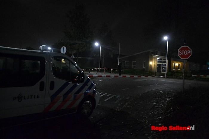 Zwaargewonde bij gewapende overval in Raalte (update) - Foto: Jasper Hutten