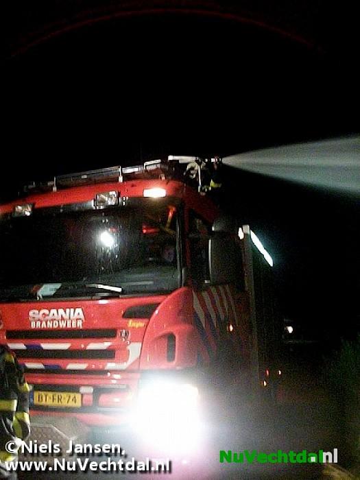 Buitenbrand bij boerderij Slennebroekerweg Hoonhorst - Foto: Niels Jansen