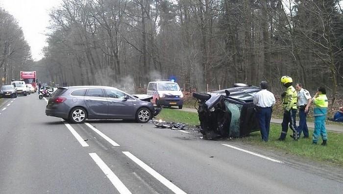 Man (28) overleden bij ongeval N348 te Diepenveen - Foto: Salland Centraal
