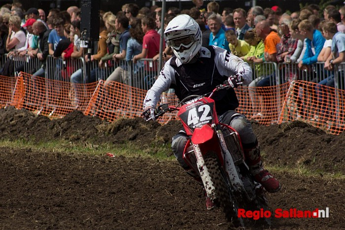 Motorcross spektakel op het Elshoffeest - Foto: Pim Haarsma