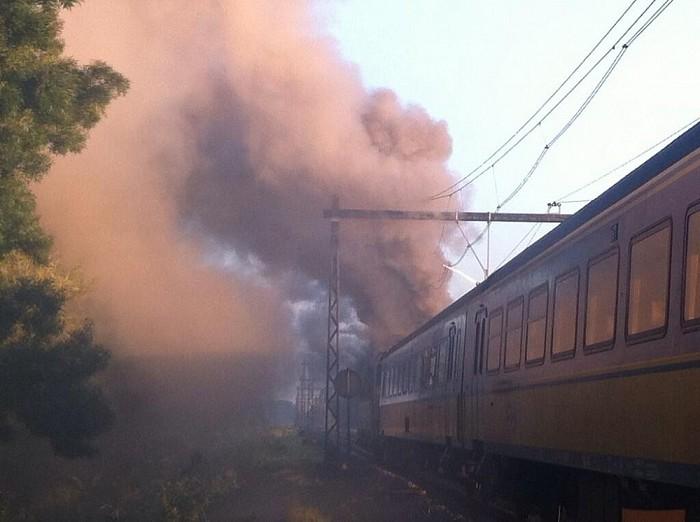 Trein in brand bij Olst: Geen treinen Deventer-Zwolle - Foto: Herbert Heuvink