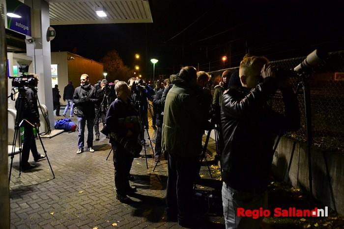 Vogelspotters uit het land naar Zwolle voor Sperweruil - Foto: Jasper Hutten