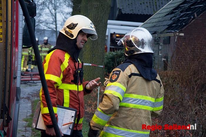 Voorbijganger ontdekt schuurbrand in Broekland - Foto: Pim Haarsma