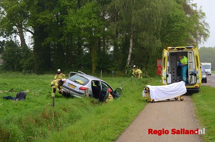 Eenzijdig ongeval op N348 bij Wesepe - Foto: Leo van 't Hul