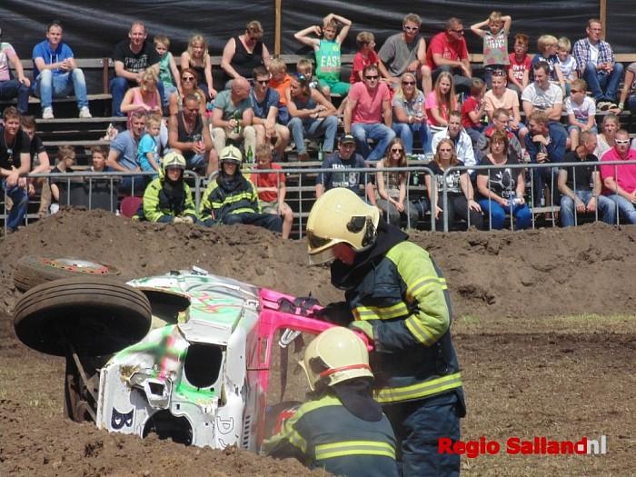 Jaarlijkse Autorodeo Luttenberg weer druk bezocht - Foto: Redactie RS