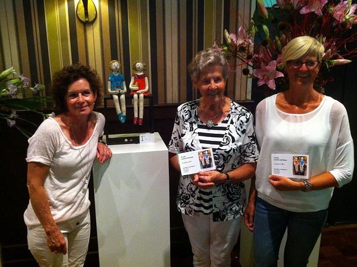 Ineke Pierik wint 2e bloemsierkunstwedstrijd, bij lelieshow Lemelerveld - Foto: PR
