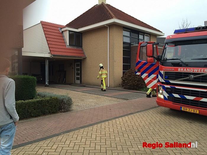 Keukenbrand aan Grimberg in Raalte - Foto: Nick Jonkman