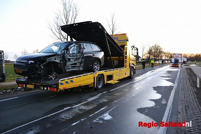 Ravage na ongeval op de Wijheseweg bij Raalte - Foto: Jasper Hutten