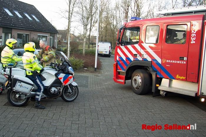 Hulpdiensten opgeroepen voor buitensluiting in Heino - Foto: Pim Haarsma