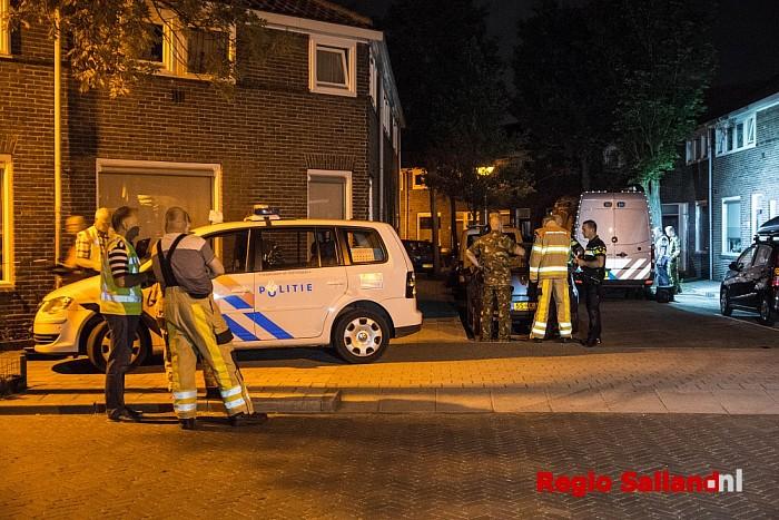 Loos alarm om verdachte pakjes in huis Zwolle - Foto: Jasper Hutten