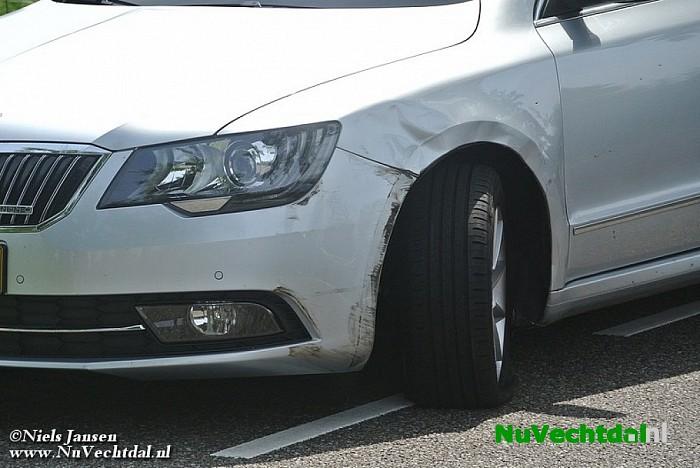 Gewonde bij ongeval Kluinhaarsweg Heino - Foto: Niels Jansen
