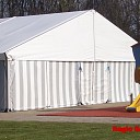 Tent geplaatst over zwembad de Tippe