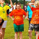 Heftige competities tijdens zeskamp bij Herxen feest