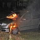 Forse schade na autobrand aan Hofstedelaan in Raalte