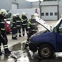 Auto in brand bij bedrijf aan Kaagstraat Raalte
