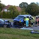 Twee gewonden bij botsing op de IJsseldijk te Diepenveen