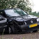 Auto botst tegen boom Lierderholthuisweg in Wijhe