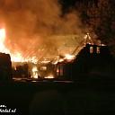 Net gerestaureerde boerderij in vlammen op in Dalfsen