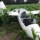 Zweefvliegtuig gecrashed in maïsveld bij Dalmsholte