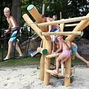 Nieuwe speeltoestellen bij activiteitenpark in Lemelerveld