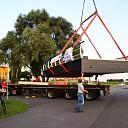 Brug Koeslag met groot transport door Wijhe