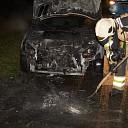 Auto uitgebrand aan Weerdhuisweg in Lemelerveld