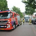 Auto verliest benzine in het centrum van Heino